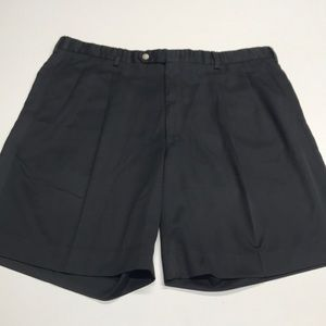 DESCENTE GOLF Men's 40 Black Pleated Shorts